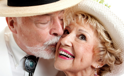 dca-blog_article-12_seven-signs-dentures-are-in-your-future